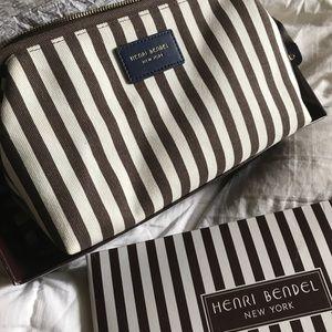 Henri Bendel Dopp kit